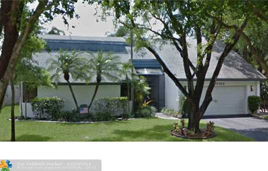 10154 NW 21st St - Photo 1