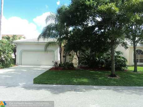 5905 NW 72nd Ct - Photo 1