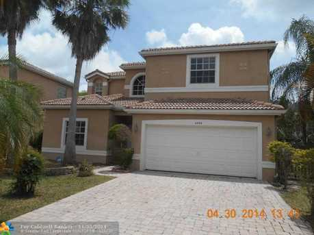 4084 NW 62nd Dr - Photo 1