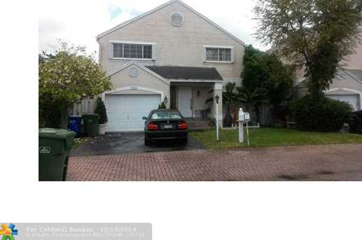10141 NW 3rd St - Photo 1