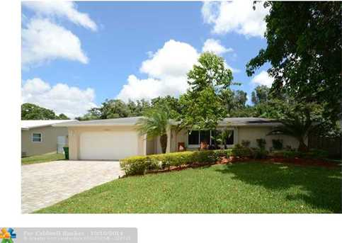 11531 NW 27th Ct - Photo 1
