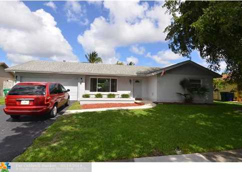 5600 SW 118th Ave - Photo 1