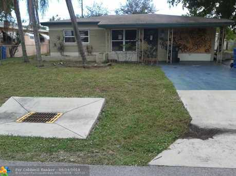 536 NW 48th St - Photo 1