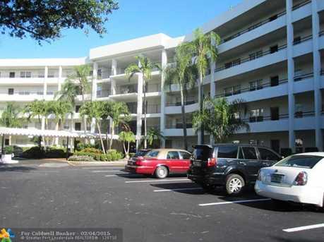 3960 Oaks Clubhouse Dr, Unit # 101 - Photo 1