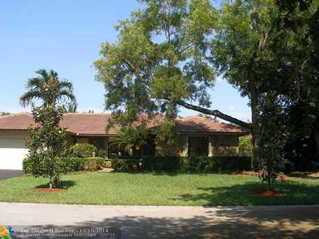 655 NW 105th Dr - Photo 1