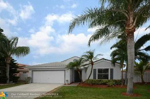 16525 NW 10th St - Photo 1