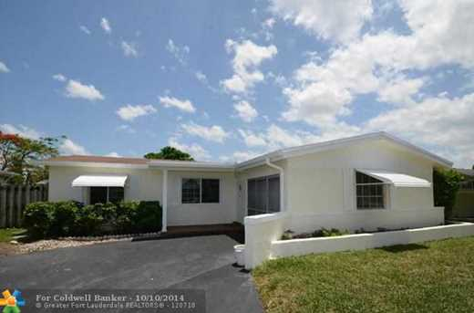 9060 NW 24th Pl - Photo 1