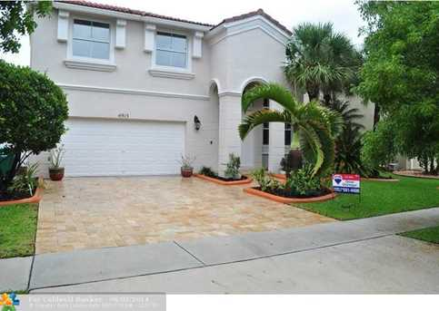 4915 SW 164th Ave - Photo 1