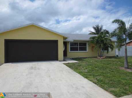 465 NW 18th Ct - Photo 1