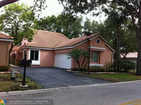 10142 NW 3rd Ct - Photo 1