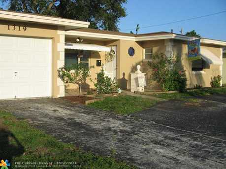 1319 NW 74th Ter - Photo 1