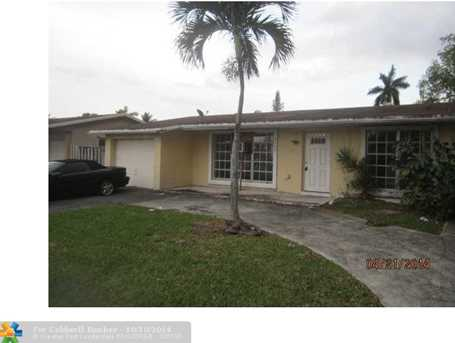 8400 NW 27th Pl - Photo 1
