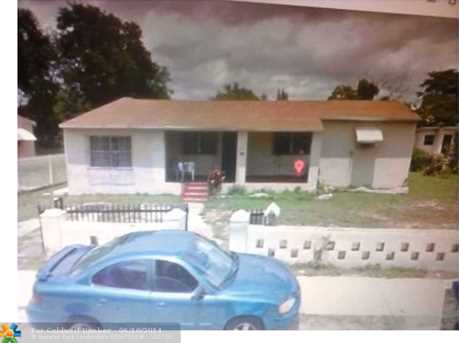 1875 NW 91st St - Photo 1