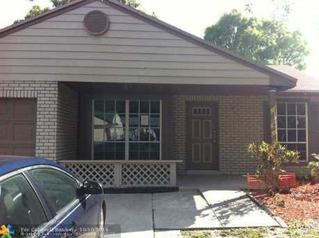 1240 SW 84th Ter - Photo 1