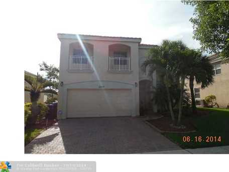5277 SW 158th Ave - Photo 1
