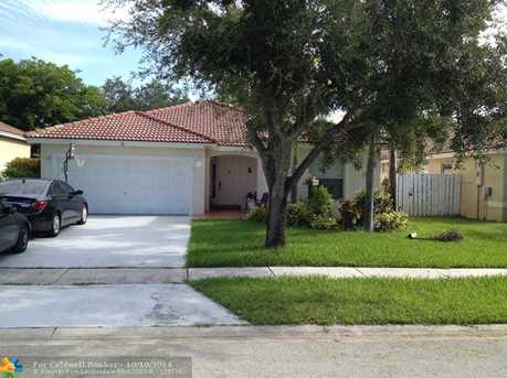 18863 NW 24 Ct - Photo 1