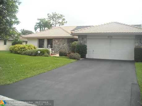 8747 NW 49th Dr - Photo 1