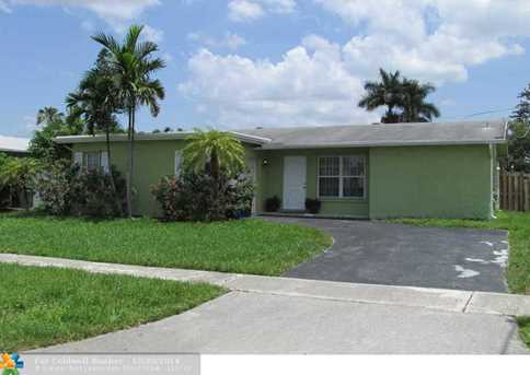 11411 NW 39th St - Photo 1