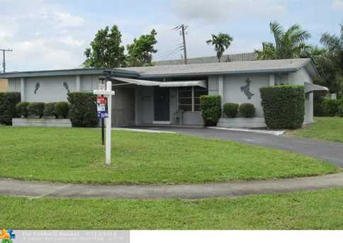 7190 NW 24th St - Photo 1