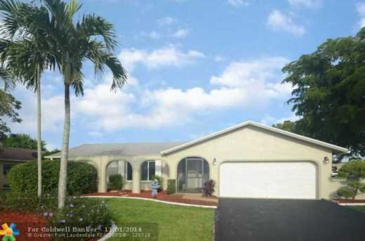 2726 NW 98th Ter - Photo 1