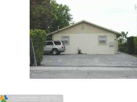 1125 NW 5th St - Photo 1