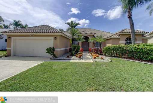 10090 NW 13th St - Photo 1