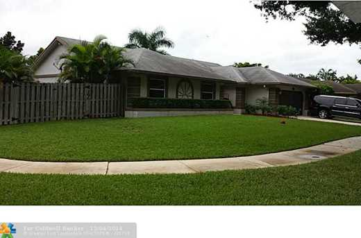 5841 SW 117th Ave - Photo 1