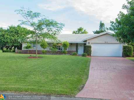 9403 NW 37th Ct - Photo 1