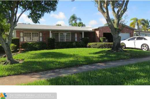 11720 NW 18th St - Photo 1