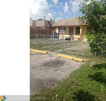 1519 NW 8th Ave - Photo 1