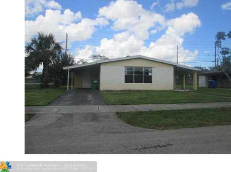 2951 NW 5th Ct - Photo 1