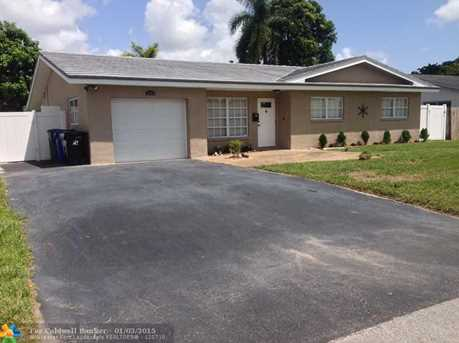 3161 NW 67th Ct - Photo 1