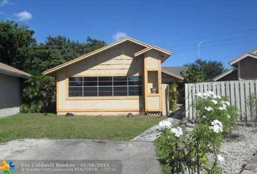 2321 SW 80th Ter - Photo 1
