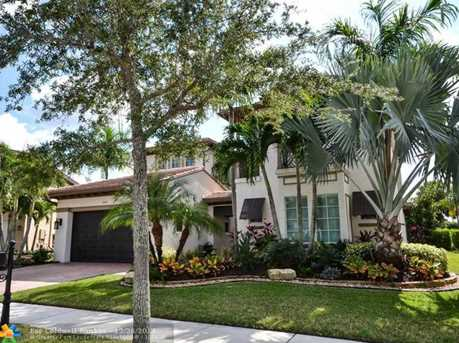 10950 NW 78th Pl - Photo 1