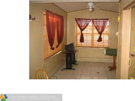 520 NW 43rd St - Photo 1