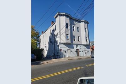 550 Baldwin Street - Photo 1
