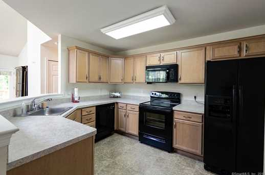 202 Sycamore Dr #327 - Photo 6