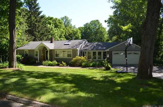 29 Great Neck Rd - Photo 1