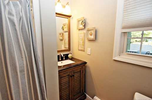 355 Rockland Ave - Photo 12