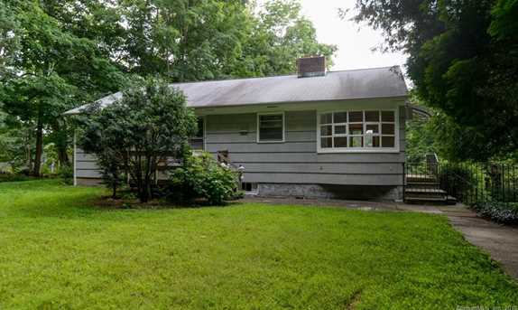584 Old Stamford Rd - Photo 2