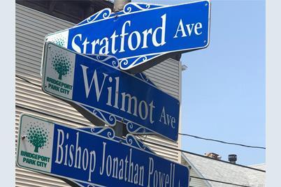 1448 Stratford Avenue - Photo 1