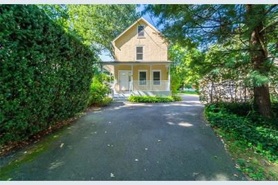 158 Forest Street - Photo 1