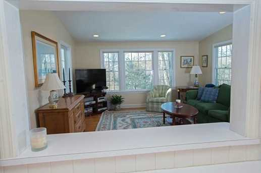 156 Colonial Road - Photo 6