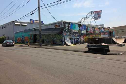 1625 Railroad Avenue - Photo 1