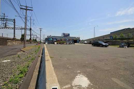 1625 Railroad Avenue - Photo 8