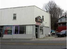669 Main Street - Photo 2