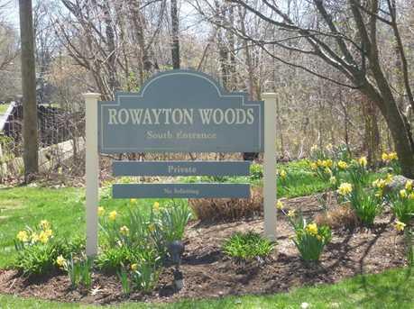 109 Rowayton Woods Dr #109 - Photo 2
