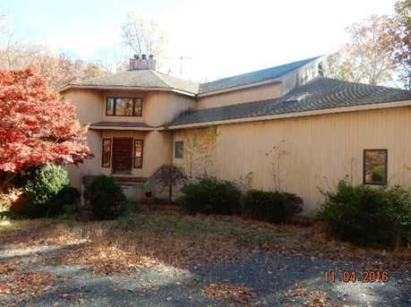 27 Indian Valley Rd - Photo 1