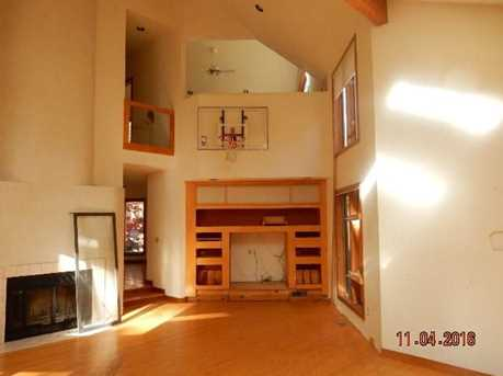 27 Indian Valley Rd - Photo 8