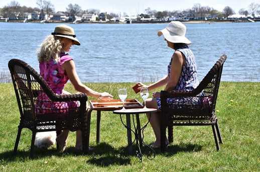 70 Shorefront Park - Photo 10